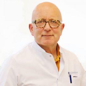 dr. Hoekstra